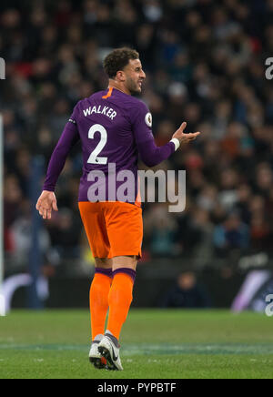 London, UK. 29th Oct, 2018. Kyle Walker of Man City during the Premier League match between Tottenham Hotspur and Manchester City at Wembley Stadium, London, England on 29 October 2018. Photo by Andy Rowland. (Photograph May Only Be Used For Newspaper And/Or Magazine Editorial Purposes. www.football-dataco.com) Credit: Andrew Rowland/Alamy Live News - Stock Photo