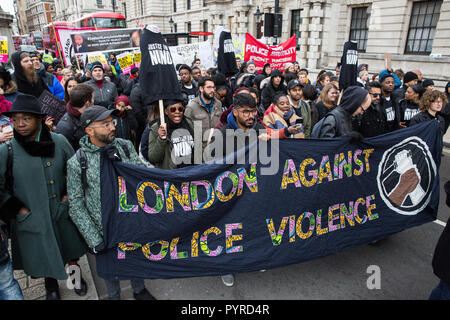 London, UK. 27th October, 2018. Supporters of London Against Police Violence join campaigners from the United Families and Friends Campaign (UFFC). - Stock Photo