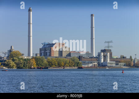 Power station blade mountain, bustle castle, bright mountain, Berlin, Germany, Kraftwerk Klingenberg, Rummelsburg, Lichtenberg, Deutschland - Stock Photo