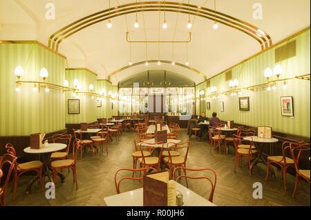 Wien, Cafe Museum von Adolf Loos 1899, Rekonstruktion 2003 - Stock Photo