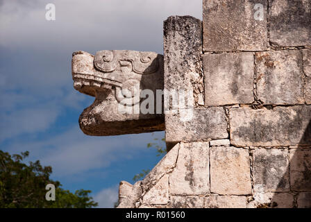 Serpent heads decorate the stairs on the Platform of Venus, dedicated to the planet Venus, at Chichen Itza, Yucatan, Mexico. - Stock Photo