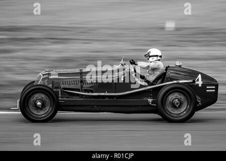 1934 Maserati 8CM  Driver Robert Newall - Stock Photo