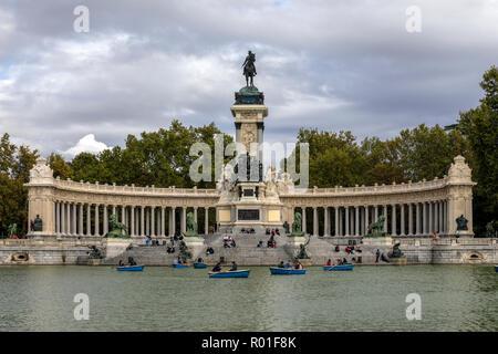 Madrid, The Buen Retiro Park, Spain, Europe - Stock Photo