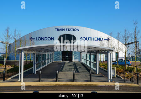 London Southend Airport train station indicating direction arrow London and Southend. Railway station covered walkway. Greater Anglia rail service - Stock Photo