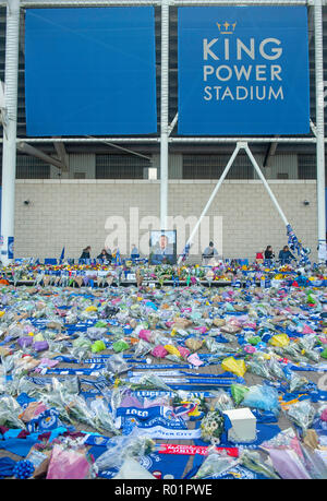 Leicester, UK. 31 October 2018. Tributes laid by Leicester City Football Club fans at the King Power stadium after the death of owner Vichai Srivaddhanaprabha. - Stock Photo