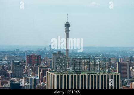Johannesburg, South Africa, 31 October, 2018. The sun breaks through the clouds over Johannesburg, early afternoon Wednesday. Credit: Eva-Lotta Jansson/Alamy Live News - Stock Photo