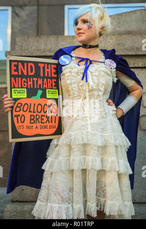 London Bridge Station, London, UK, 31st Oct 2018. Activist and writer Madeleina Kay. Activists from anti-Brexit group 'No 10 Vigil' protest outside London Bridge Station with placards, banners and music. and hand out leaflets. Credit: Imageplotter News and Sports/Alamy Live News - Stock Photo