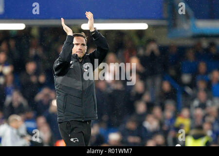 London, UK. 31st October, 2018. Derby County manager, Frank Lampard during the EFL Carabao Cup Round of 16 match between Chelsea and Derby County at Stamford Bridge, London, England on 31 October 2018. Photo by Carlton Myrie.  Editorial use only, license required for commercial use. No use in betting, games or a single club/league/player publications. Credit: UK Sports Pics Ltd/Alamy Live News - Stock Photo