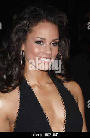 Alicia Keys arriving at the Smokin' Aces at the Chinese Theatre In Los Angeles. January 18, 2007.  smile portrait headshot KeysAlicia028 Red Carpet Event, Vertical, USA, Film Industry, Celebrities,  Photography, Bestof, Arts Culture and Entertainment, Topix Celebrities fashion /  Vertical, Best of, Event in Hollywood Life - California,  Red Carpet and backstage, USA, Film Industry, Celebrities,  movie celebrities, TV celebrities, Music celebrities, Photography, Bestof, Arts Culture and Entertainment,  Topix, headshot, vertical, one person,, from the year , 2007, inquiry tsuni@Gamma-USA.com - Stock Photo
