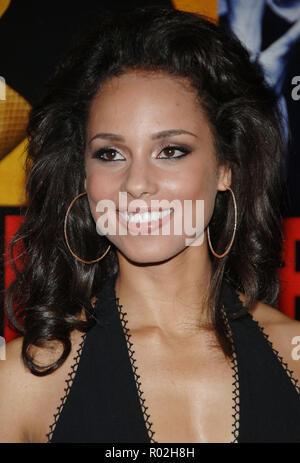 Alicia Keys arriving at the Smokin' Aces at the Chinese Theatre In Los Angeles. January 18, 2007.  smile portrait headshot KeysAlicia029 Red Carpet Event, Vertical, USA, Film Industry, Celebrities,  Photography, Bestof, Arts Culture and Entertainment, Topix Celebrities fashion /  Vertical, Best of, Event in Hollywood Life - California,  Red Carpet and backstage, USA, Film Industry, Celebrities,  movie celebrities, TV celebrities, Music celebrities, Photography, Bestof, Arts Culture and Entertainment,  Topix, headshot, vertical, one person,, from the year , 2007, inquiry tsuni@Gamma-USA.com - Stock Photo