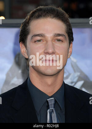 Shia LaBeouf  arriving at the TRANSFORMERS Premiere at the Westwood Village Theatre in Los Angeles.  eye contact headshotLaBeoufShia 127 Red Carpet Event, Vertical, USA, Film Industry, Celebrities,  Photography, Bestof, Arts Culture and Entertainment, Topix Celebrities fashion /  Vertical, Best of, Event in Hollywood Life - California,  Red Carpet and backstage, USA, Film Industry, Celebrities,  movie celebrities, TV celebrities, Music celebrities, Photography, Bestof, Arts Culture and Entertainment,  Topix, headshot, vertical, one person,, from the year , 2007, inquiry tsuni@Gamma-USA.com - Stock Photo