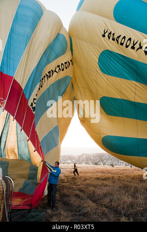 Preparing hot air balloon - Stock Photo