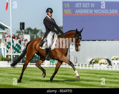 Andrew Nicholson and JET SET IV during the dressage phase of the Land Rover Burghley Horse Trials, 2018 - Stock Photo