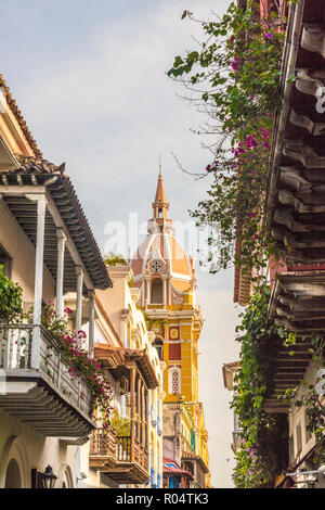 A view of the Cathedral of Cartagena (Metropolitan Cathedral Basilica of Saint Catherine of Alexandria), UNESCO, Cartagena, Colombia - Stock Photo