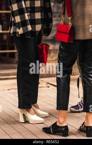 Tbilisi, Georgien. 01st Nov, 2018. Chic showgoers attending Mercedes-Benz Fashion Week in Tbilisi, Georgia - Nov 1, 2018 - Credit: Runway Manhattan ***For Editorial Use Only*** | Verwendung weltweit/dpa/Alamy Live News - Stock Photo
