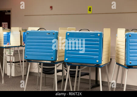 Empty voting booths during the 2018 midterm elections - Virginia, USA - Stock Photo