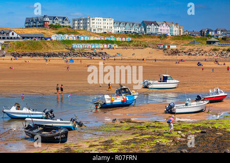 6 July 2018: Bude, Cornwall, UK - The beach during the summer heatwave, at low tide. - Stock Photo