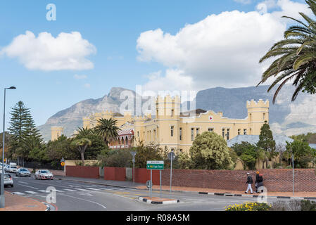 CAPE TOWN, SOUTH AFRICA, AUGUST 17, 2018: The historic Somerset Hospital in Green Point in Cape Town. People and vehicles are visible - Stock Photo