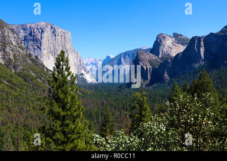 Yosemite National Park Valley from Tunnel View. - Stock Photo
