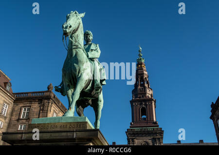 Equestrian statue of King Christian the 9th Copenhagen Denmark outside the Danish Parliament Christiansborg palace. - Stock Photo