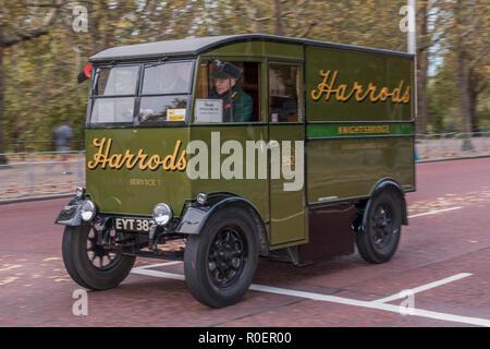 London, UK. 4th November, 2018. The Harrods van, Credit: Guy Bell/Alamy Live News - Stock Photo