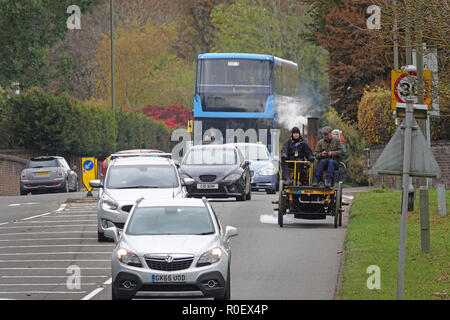 A23 south of Redhill, UK, 4th November 2018 - Bonhams London to Brighton Veteran Car Run supported by Hiscox. From Hyde Park, London to Madeira Drive, Brighton. The world famous event is open to the very oldest engine and steam driven vehicles, manufactured before 1905 Credit: Andy Stehrenberger / Alamy Live News - Stock Photo