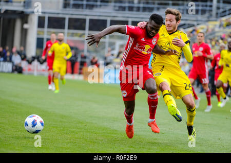Sunday, November 04, 2018: New York Red Bulls midfielder Andreas Ivan (9) and Columbus Crew SC midfielder Luis Argudo (26) struggle for the ball in the first half of the match between New York Red Bulls and Columbus Crew SC in the Conference Semi-finals Leg 1 of 2 at MAPFRE Stadium, in Columbus OH. Mandatory Photo Credit: Dorn Byg/Cal Sport Media. Columbus Crew SC 0 - New York Red Bulls 0 - Stock Photo