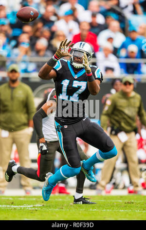 Carolina Panthers wide receiver Devin Funchess (17) during the NFL football game between the Tampa Bay Buccaneers and the Carolina Panthers on Sunday November 4, 2018 in Charlotte, NC. Jacob Kupferman/CSM - Stock Photo