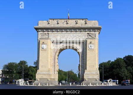 The Arcul de Triumf (triumphal arch) for the Heroes of the War of Independence and World War I in Bucharest, Romania - Stock Photo