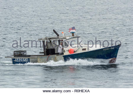 New Bedford, Massachusetts, USA - September 3, 2018: Lobster boat Honi-Do returning to New Bedford - Stock Photo