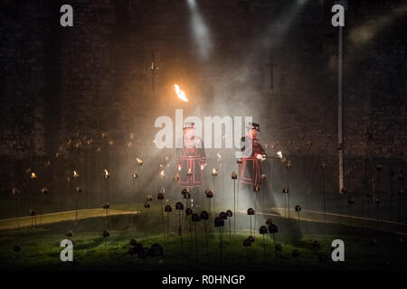 London, UK. 4th Nov 2018. Beyond the Deepening Shadow: Tower of London light and sound display marking the centenary of the end of the First World War. Credit: Guy Corbishley/Alamy Live News - Stock Photo
