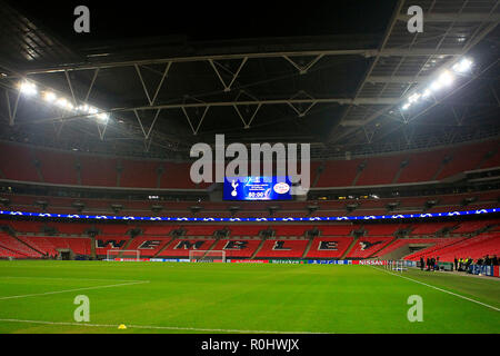 London, UK. 5th Nov 2018. General view of inside Wembley Stadium prior to PSV's training session. PSV Eindhoven FC team training, UEFA Champions league, at Wembley Stadium in London on Monday 5th November 2018. the team are training ahead of tomorrow's match against Tottenham Hotspur. this image may only be used for Editorial purposes. Editorial use only, license required for commercial use. No use in betting, games or a single club/league/player publications . pic by Steffan Bowen/Andrew Orchard sports photography/Alamy Live news - Stock Photo