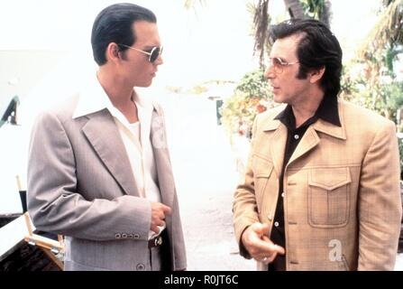 Original film title: DONNIE BRASCO. English title: DONNIE BRASCO. Year: 1997. Director: MIKE NEWELL. Stars: AL PACINO; JOHNNY DEPP. Credit: TRI STAR PICTURES / Album - Stock Photo