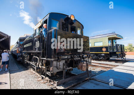 September 22, 2018 Sacramento / CA / USA - The  Granite Rock steam engine locomotive arriving at the station in Old Sacramento; the ride is operated b - Stock Photo