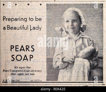 PEARS SOAP ad 'Preparing to be a Beautiful Lady'  advert wiith child little girl in Daily Express newspaper 1940s London England UK - Stock Photo