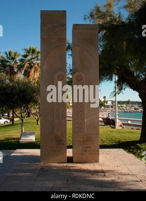 AJAXNETPHOTO. 2018. CANNES, FRANCE. - MEMORIAL MONUMENT TO 150,000 ARMENIANS KILLED IN A GENOCIDE IN 1915 AND TO MEMBERS OF THE ARMENIAN RESISTANCE WHO DIED FOR FRANCE IN BOTH WORLD WARS; (1914-18 AND 1939-45). PHOTO:JONATHAN EASTLAND/AJAX REF: GXR180310 703 - Stock Photo
