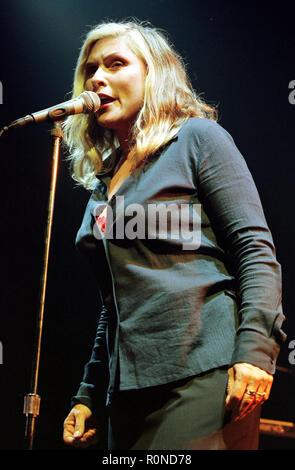 BLONDIE, GLASGOW BARROWLANDS, 19.11.98. - Stock Photo