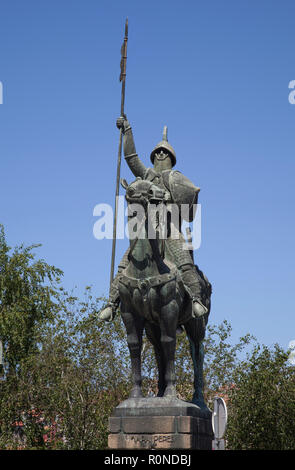 Equestrian statue of Vímara Peres ninth-century nobleman and the first ruler of the County of Portugal - Stock Photo