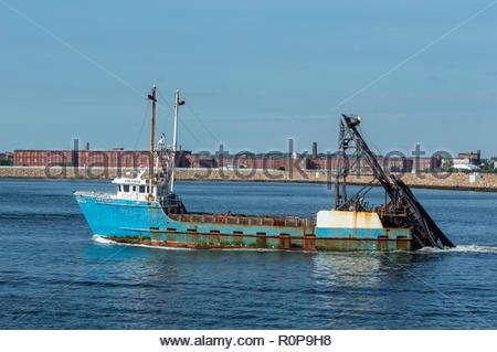 New Bedford, Massachusetts, USA - September 5, 2018: Clammer Starlight leaving New Bedford on a summer morning - Stock Photo