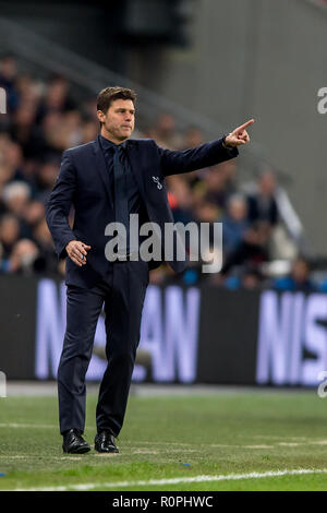 Wembley Stadium, London, UK. 6th November, 2018. Mauricio Pochettino manager of Tottenham Hotspur during the UEFA Champions League Group Stage match between Tottenham Hotspur and PSV Eindhoven at Wembley Stadium, London, England on 6 November 2018. Photo by Salvio Calabrese. Credit: UK Sports Pics Ltd/Alamy Live News - Stock Photo
