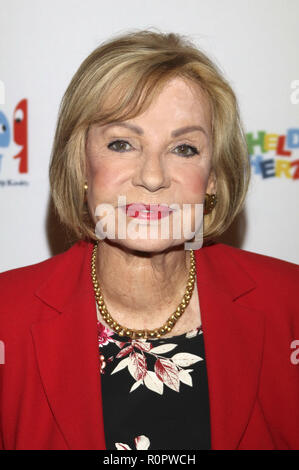 Hamburg, Germany. 05th Nov, 2018. Dagmar Berghoff bei der Preisverleihung vom Medienpreis Heldenherz 2018 der Stiftung Mittagskinder im Hamburger Rathaus, Hamburg, 05.11.2018 | usage worldwide Credit: dpa/Alamy Live News - Stock Photo