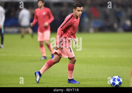 Milan, Italy. 6th Nov 2018. Philippe Coutinho of Barcelona during the UEFA Champions League Group Stage match between Inter Milan and Barcelona at Stadio San Siro, Milan, Italy on 6 November 2018. Credit: Giuseppe Maffia/Alamy Live News - Stock Photo