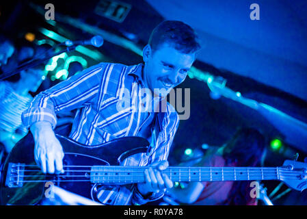 Glasgow, UK. Wed 7 November 2018. New Zealand band The Beths onstage at Broadcast, Glasgow, Scotland. The band are touring the UK and Europe to support their debut album 'Future Me Hates Me' in autumn 2018 and will return as the opening act for Death Cab for Cutie's tour in 2019. Credit: Andy Catlin/Alamy Live News - Stock Photo