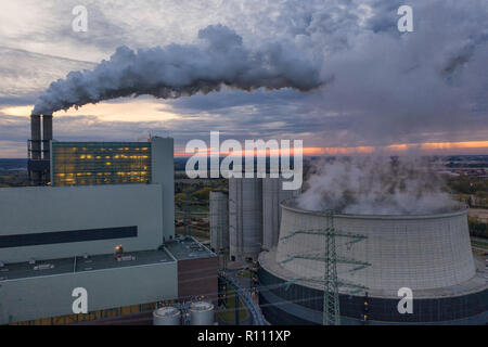 cooling tower of the combined heat and power plant Moorburg in the harbor of Hamburg - Stock Photo