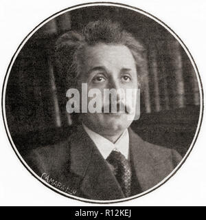 Albert Einstein, 1879 – 1955. German-born theoretical physicist, winner of the 1921 Nobel Prize in Physics.  From La Esfera, published 1921. - Stock Photo