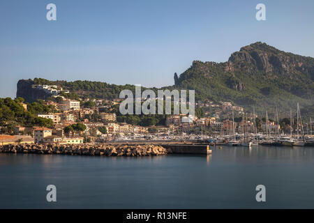 Port de Soller, Mallorca, Balearic Islands, Spain, Europe - Stock Photo