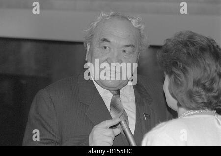 Moscow, USSR - December 21, 1990: People's Deputy of the USSR David Nikitich Kugultinov, poet of Kalmyk origin at 4th Congress of People's Deputies of the USSR - Stock Photo