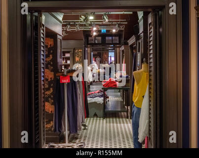 Braehead, Glasgow, UK - November 08, 2018: A clothing store in Glasgow getting ready for the sales at the run up to Christmas in Scotland. - Stock Photo