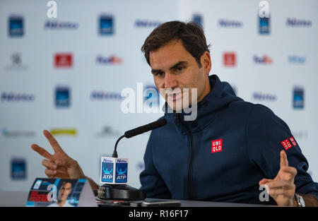 London, UK. 09th Nov, 2018. London, UK. 9th Nov, 2018. Roger Federer (Switzerland) during the Media Day at the Nitto ATP World Tour finals London at the O2, London, England on 9 November 2018. Photo by Andy Rowland. Credit: Andrew Rowland/Alamy Live News - Stock Photo