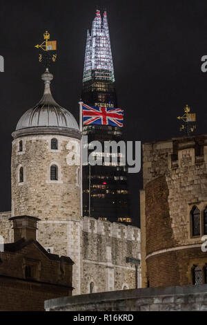 London, UK. 9th Nov, 2018. The Union Jack flies above the Tower of London Credit: Guy Bell/Alamy Live News - Stock Photo